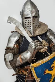 Image of a knight in silver armor - Colloidal Silver Vanquishes Drug-Resistant Superbugs